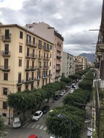 意大利巴勒莫街景竖构图
