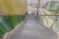 山东国际会展中心楼梯