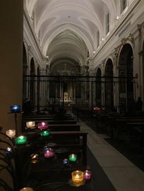 大教堂蜡烛光