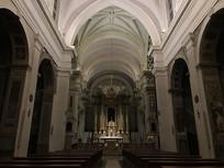 大教堂内景横构图