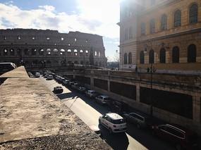古罗马斗兽场街道
