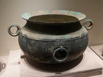 西汉文物带铺首铜釜