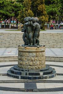 沈阳中山公园广场儿童群雕塑