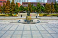 沈阳中山公园广场与儿童雕塑