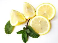 绿叶柠檬果