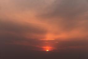 日出云海霞满天