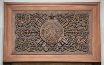 兵器花纹铜雕