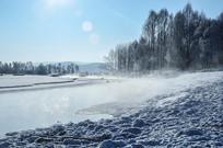 冬天河流风光
