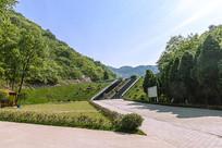水库山色大坝绿化景观
