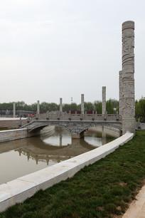 菏泽市曹州牡丹园雕塑广场