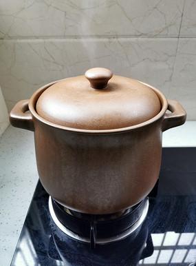 土砂锅炖汤