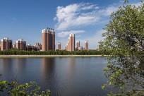 江河城市风光图片