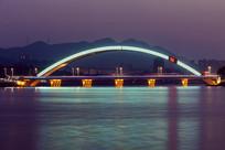 信阳彩虹桥夜景