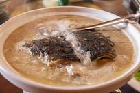 清炖花鲢鱼头汤