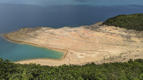 香港万宜水库沙滩海湾