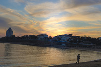夕阳映照的天空