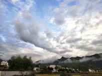 安徽黄山屏山村远景