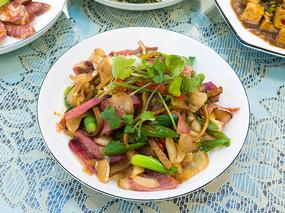美味食品腊肉豆干