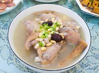 美味食品清炖药膳猪蹄汤