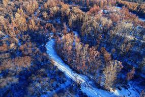 大兴安岭冬季林海雪河