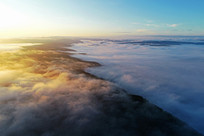 大兴安岭清晨山林云雾