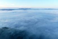 航拍大兴安岭晨雾迷漫