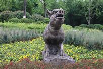 十二生肖雕塑之猪雕刻