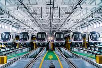 上海轻轨站地铁5号线列车