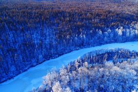 大兴安岭冬季雪林冰河(航拍)