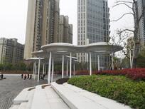 现代圆形公园构筑物