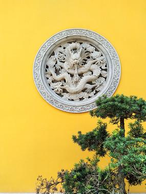中式真龙镂空窗