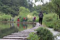 百步桥湖水