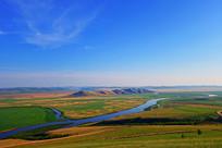 呼伦贝尔草原河湾风景