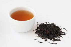 凤凰单丛茶叶和茶汤