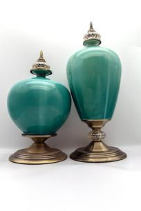 一对翡翠釉瓷器装饰品竖版