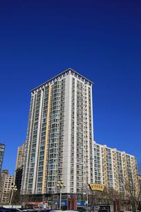 现代塔楼高楼房