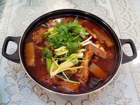 美食菜品麻辣魔芋鸡
