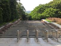 新会圭峰山大理石台阶入口