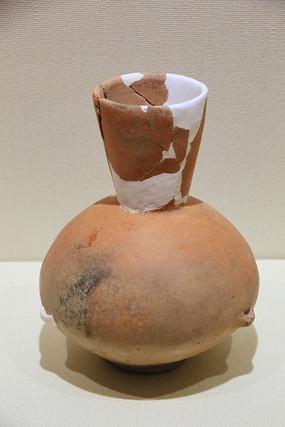 红陶壶青铜时代