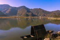 神农架湖光山色