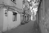 成都龙泉驿老街老巷黑白照片