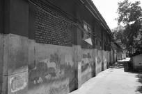 成都龙泉驿老巷黑白照片