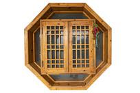 木质古典八角窗户