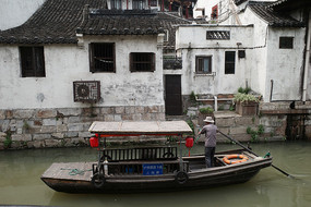 枫泾古镇游船横构图