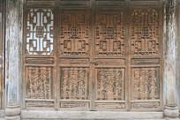 成都洛带古镇传统雕花门窗