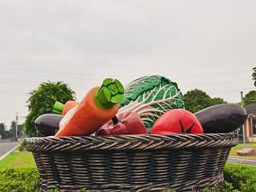 水果篮造型雕塑