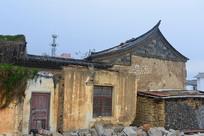 云南建水古城老街改建中的房子
