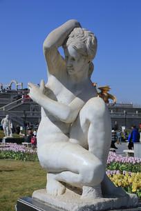 阿姆罗蒂德欧洲人物雕像