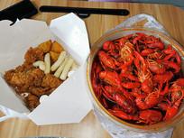 龙虾和炸鸡