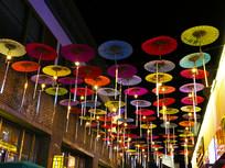 景区装饰伞夜景